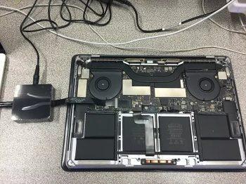 Macbook logic board