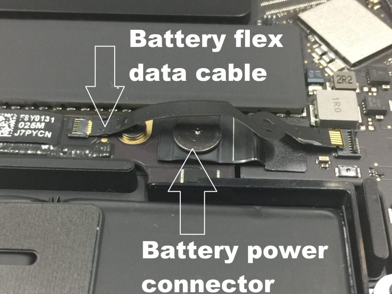 MacBook-wont-turne-on-caused-by-faulty-battery-data-cable